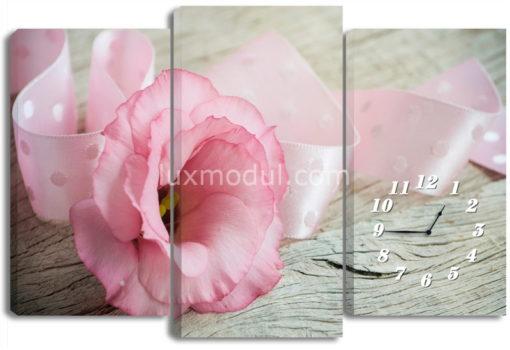 Цветок и ленточка