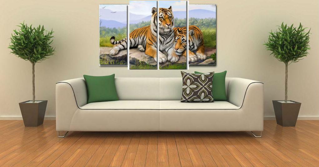 секционная картина с тиграми в интерьере